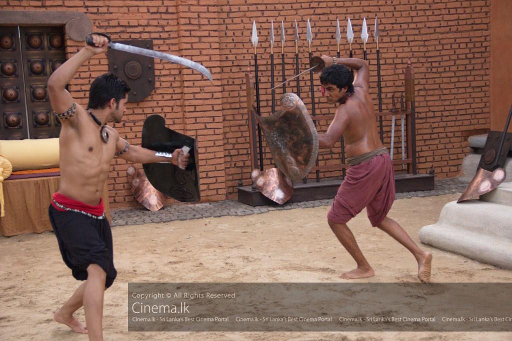 Prince Devadatta (Gautam Gulati) and Channa (Saranga Dissasekara) [1024x768]