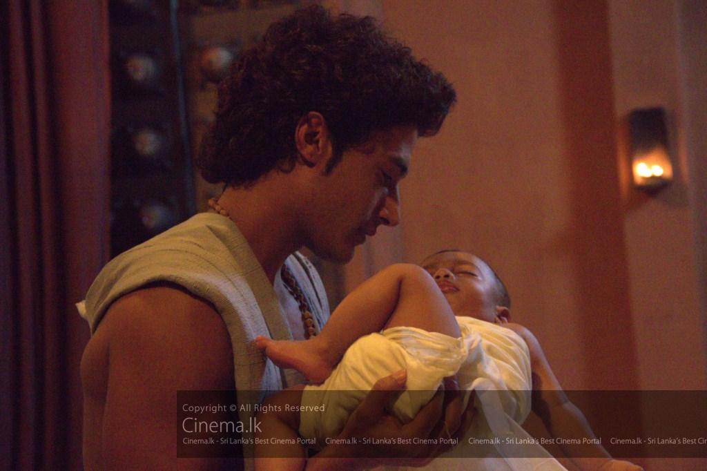 Prince Siddhartha holding infant Rahula [1024x768]