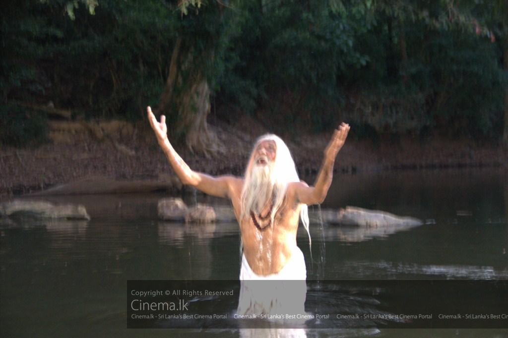 Sage Asitha (Wilson Gunaratne) experiencing the dawn of a spiritual era [1024x768]