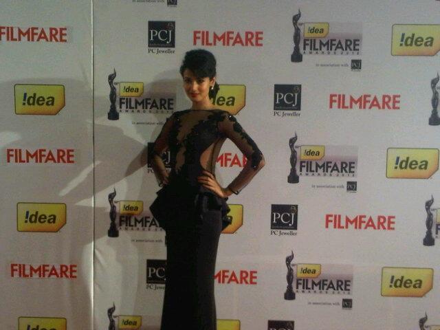 Sonal-Chauhan-Filmfare-Awards