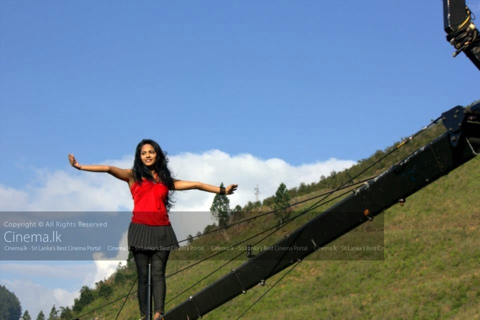 Spandhana Sinhala Movie (6) [Original Resolution]