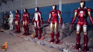 Hot Toys - life-size Mark I-VII armors_2