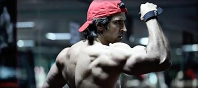 i56hswtaz9ehs5l0.D.0.Hrithik-Roshan-Fitness-Workout-for-Krrish-3-Photo