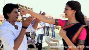 Shahrukh-deepika-rohit-shetty-on-the-sets-of-chennai-express