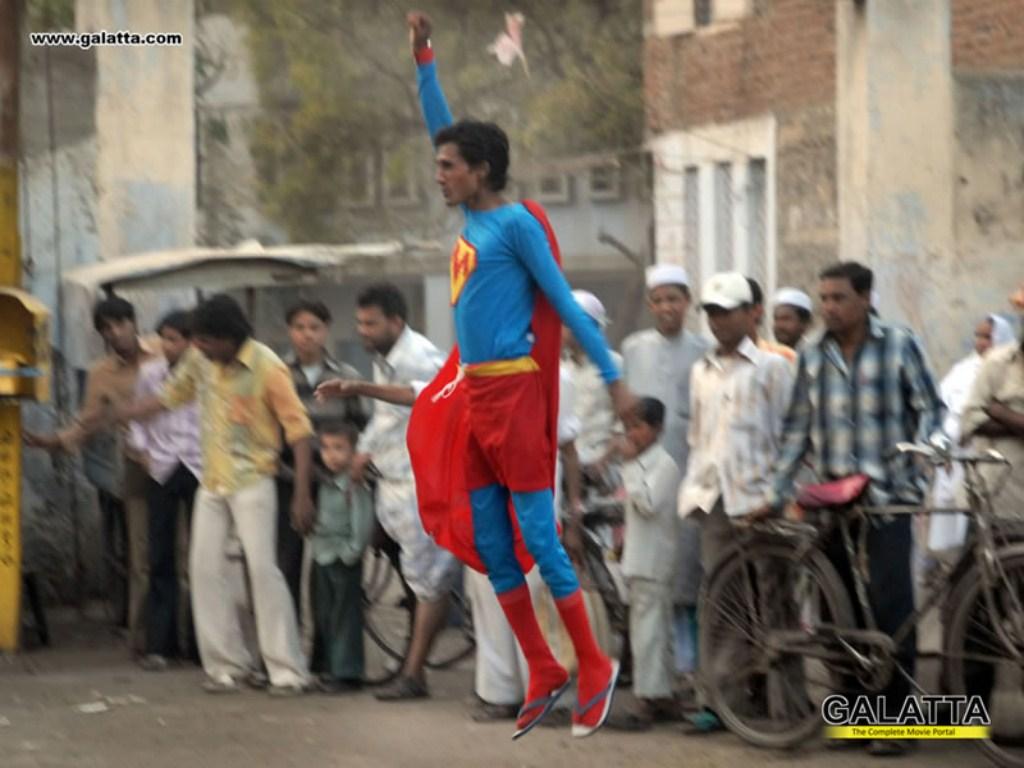 Supermen-Wall-20