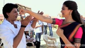 Shahrukh-deepika-rohit-shetty-on-the-sets-of-chennai-express