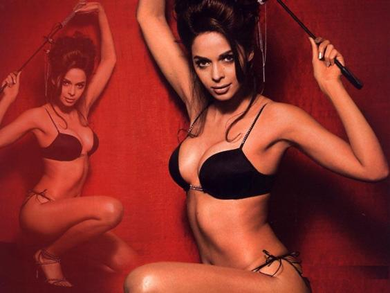 Mallika-Sherawat-Hot-and-Sexy-Bikini-HD-Wallpapers