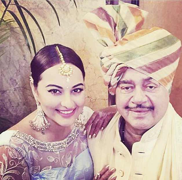 Sonakshi Sinha's brother gets married, (3)