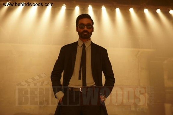 shamitabh-stills-photos-pictures-52